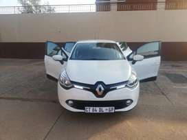 Renault clio four, this is too good when you are actually perfect.