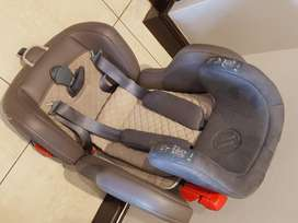Car seat for sale! Great price!