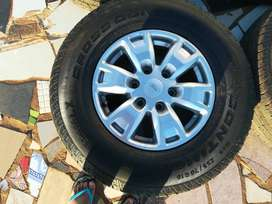 Ford ranger tyres and rims for R5000