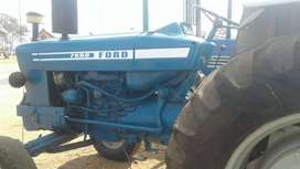 Ford Tractor 7600