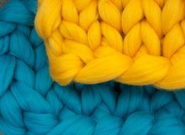 толстая пряжа для вязания, валяния, прядения (состав: шерсть меринос)