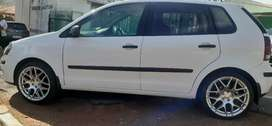VOLKSWAGEN POLO BUJWA IN EXCELLENT CONDITION 1.6