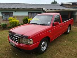 1800 ford ranger long base petrol manual in good conditionn