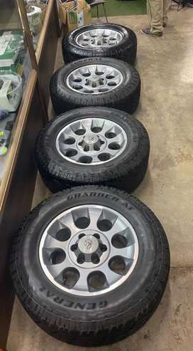 "17"" 6hole mags and tyres 6/139"