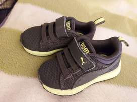 Baby puma takkies for sale