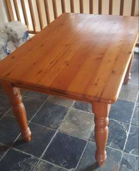 4 seater Oregon Pine Table