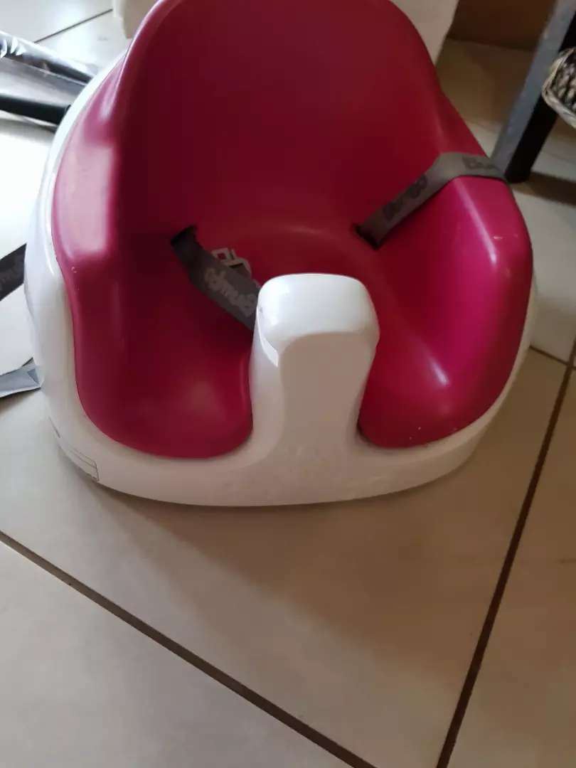 Bumbo baby feeding chair with table 0