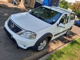 2013 Nissan Np200 1.6i with Canopy