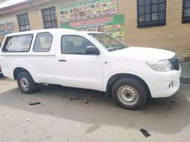 Toyota hilux diesel with canopy