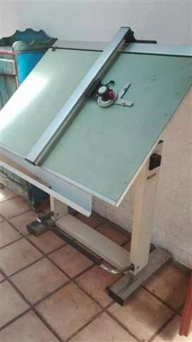 PROFESSIONAL DRAUGHTING TABLE EQUIPMENT / SALE OR SWAP