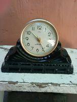Продам каменные часы