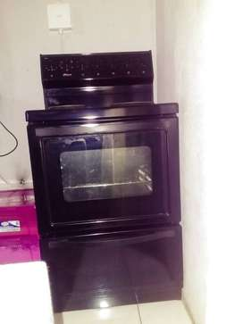 Univa Stove, four plate. 4 month old.