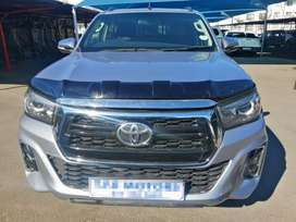 2017 silver Toyota Hilux 2.8gd6  double cab 4*4 Automatic transmission