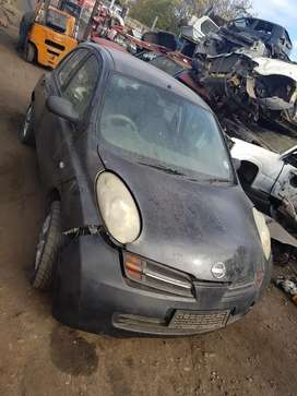 Stripping nissan micra for spares and parts