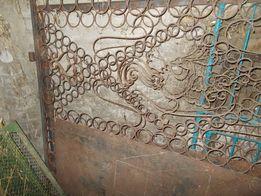 Ворота входные, Стойки и калитка
