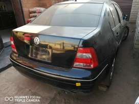 Jetta 4 V5 2.3 stripping for spares and body accessories.
