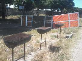 gate and braai stand