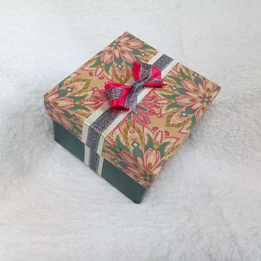 Gift Boxes 0