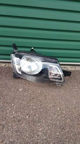 Renault Kwid climber right headlight for sale in pretoria
