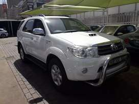 2010 Toyota fortunar d4d on sale