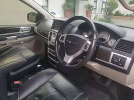 Chrysler grand voyager 2013 2.8 CRD limited auto for sale