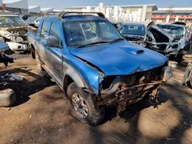 Colt 2.8TDi 4x4 stripping for spares