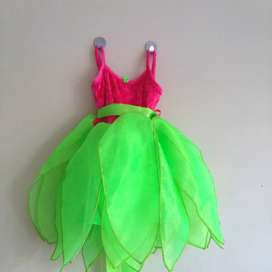 Stunning kids Tinkerbell dresses in sizes 1-5 years