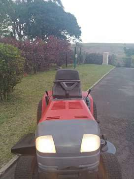 Sentinell Murray Lawn Mover Tractor
