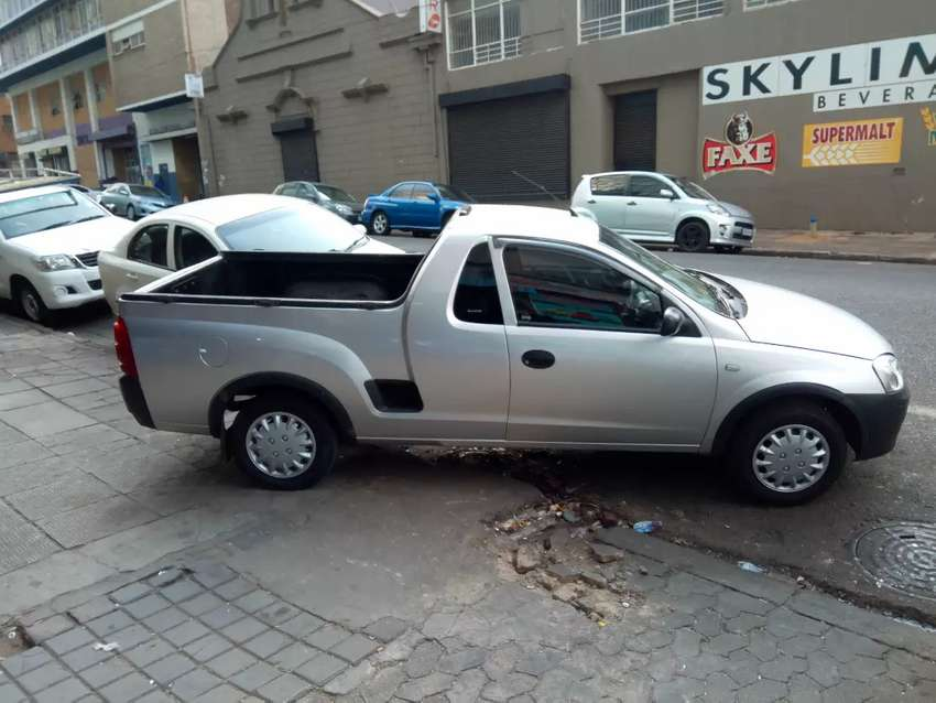 Opel corsa utility 1.4 for SALE.