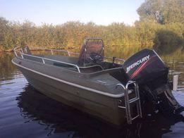 Лодка с мотором Меркури 50
