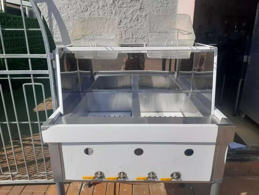 2x22lt Gas Spaza Fryer With Heavy Duty Baskets, Stand Free Gas Lighter