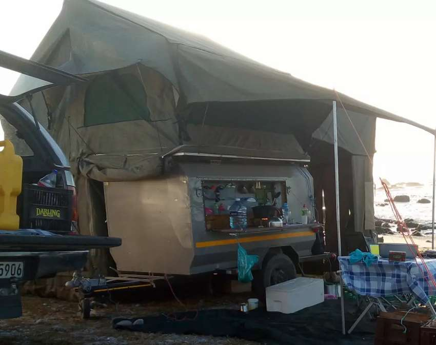 Offroad camping trailer 0