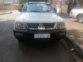 Mitsubishi colt 2.0 power steering in good condition