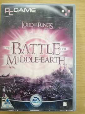PC GAME  LORD OF THE RINGS  BATTLE FOR MIDDLE EARTH  4 Disks