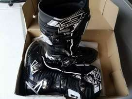 Gaerne off road boots