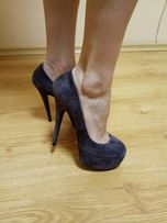 Продам женские туфли б/у