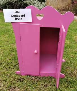 Doll cupboard in excellent condition