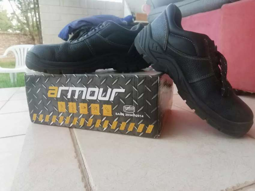 BARRON ARMOUR (STEEL TIP) SAFETY BOOTS 0