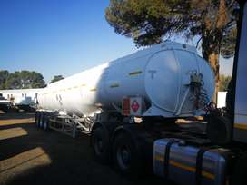 Clearance Sale! Get This 47 000L Diesel And Petrol Tank Now