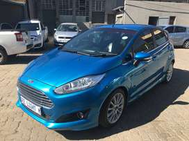 2014 Ford Fiesta 1.0 Ecoboost Titanium 5-Door 81000 kilo For R134,000