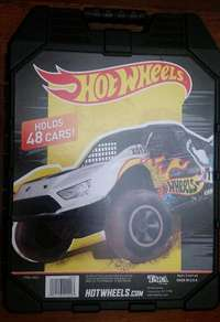 Image of Hot Wheels carry case.