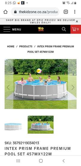 Intex 4.5m Round swimming pool with pump, creapy crawly&pool cleaning