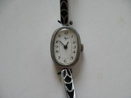 часы наручные женские Луч. Сделано в Беларуси