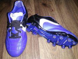 Продам бутсы-кроссовки для футбола 29размер!