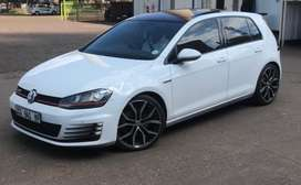 Golf 7 GTi DSG -Full Spec