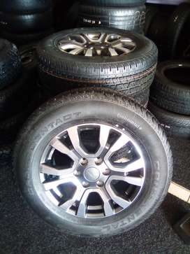"""18""""Ford wildtrack with new tyres on for R11250"""