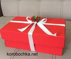 Подарочная коробка красного цвета 32х18,5х12 см