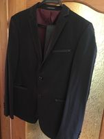 Продам Чорний костюм