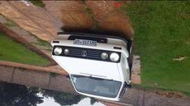 Hie there am selling a golf tena 2008 model start and go