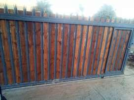 Picket fences and Wooden panels